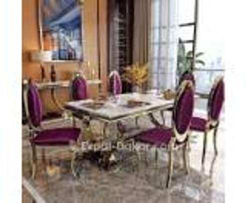 Table a manger Vip en marbre image 2