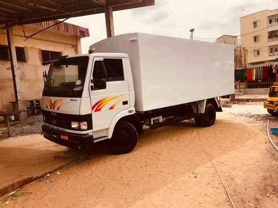Camion- camionnette. Confection et pose de caisse image 1