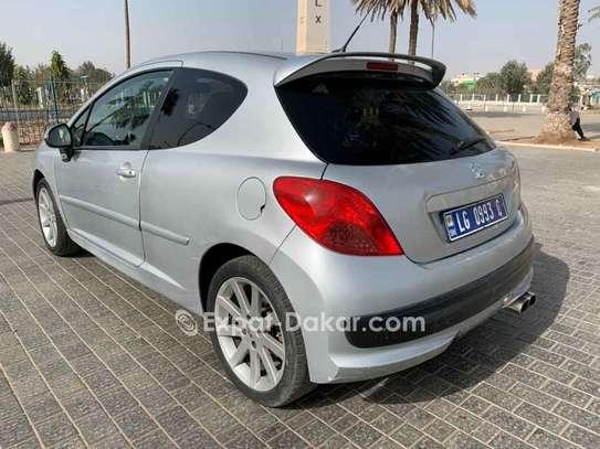 Peugeot 207 2009 image 2