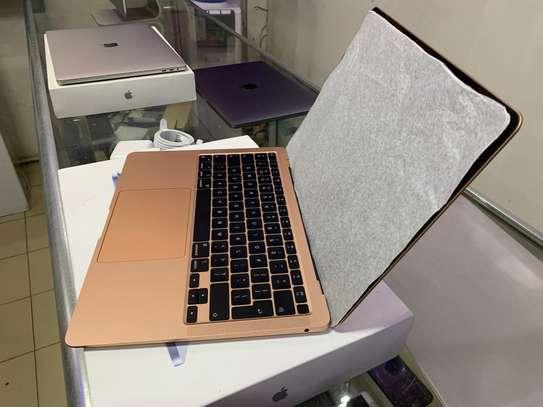 MacBook Air M1 2021 image 6