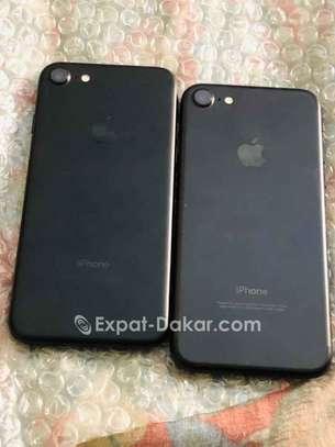 IPhone 7 Simple 32gb image 1