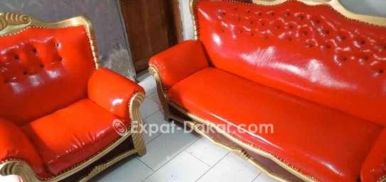 Canape à 4 place vendre, très pratique image 1