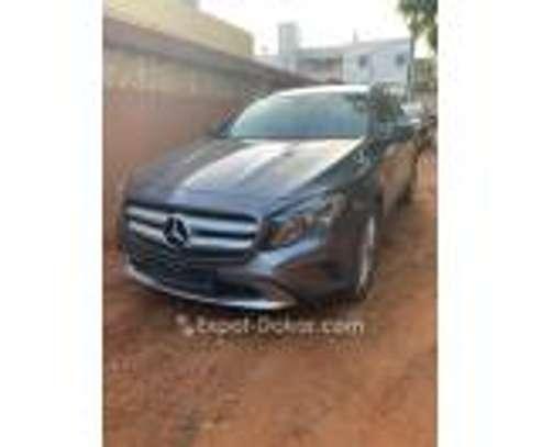 Mercedes-Benz 200 2014 image 1