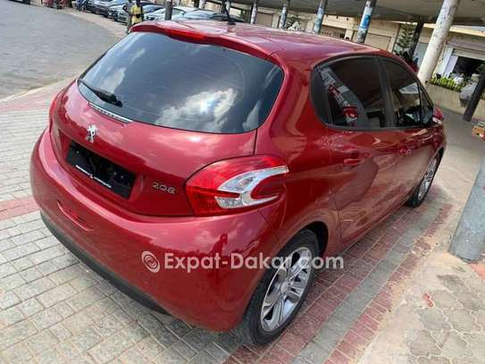 Peugeot 208 2014 image 5