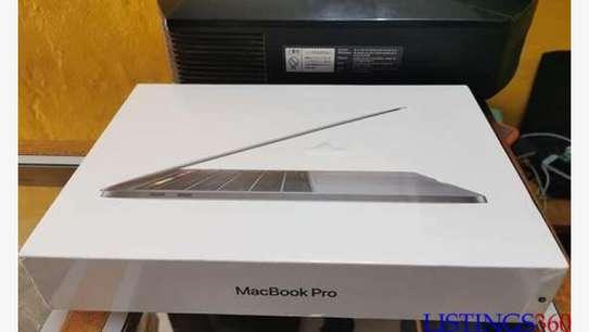 Macbook pro 2020 scellé image 4