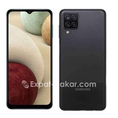 Samsung Galaxy A12 image 4