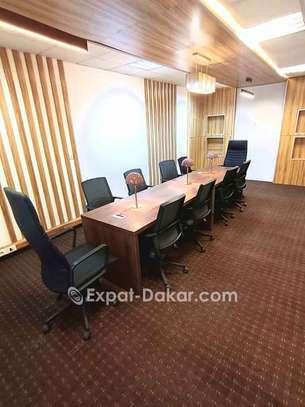 Location de bureau meublé image 5