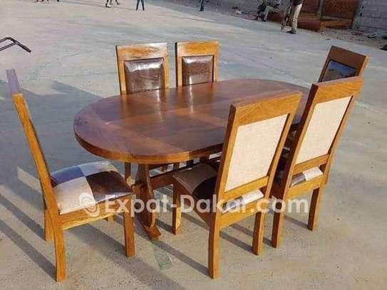 Tables à manger image 1