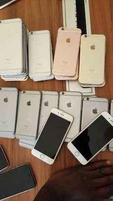 IPHONES 6S VENANT DU CANADA VENDUS SOUS FACTURES image 3