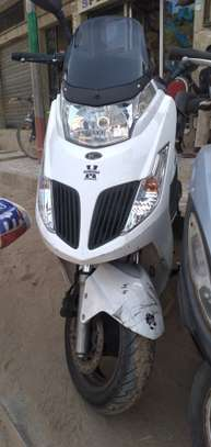 Kymco new dink 125cc image 1