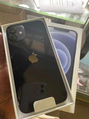 iPhone 11 scellé image 1