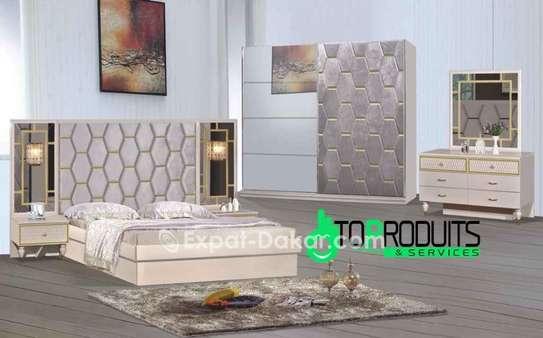 Chambre à coucher VIP image 1