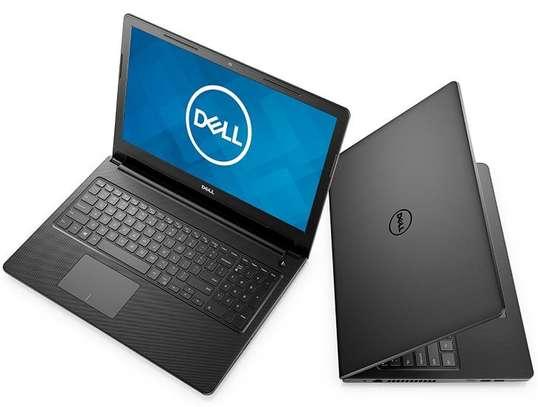Dell Inspiron 15 image 2