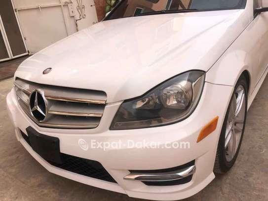 Mercedes  C300 image 2