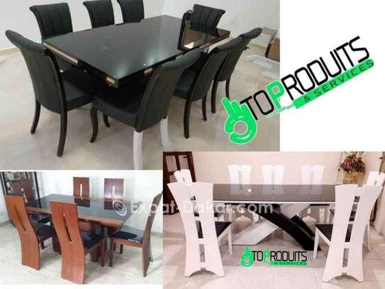 Table à manger avec 8 chaises image 3