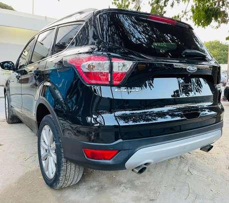 Ford Escape titanium 2017 venant à vendre by king cars image 3