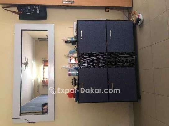 Chambre à coucher double lit armoire 6battants image 3