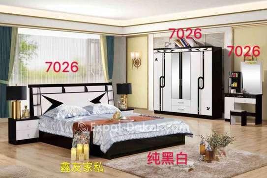 Chambres à coucher importées image 2