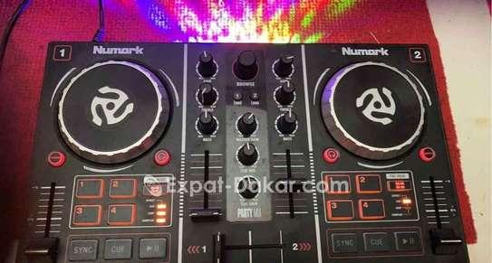 Vend platine Numark et séquenceur Maschine MK2 image 2