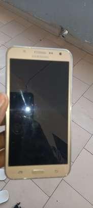 Samsung J7 image 5