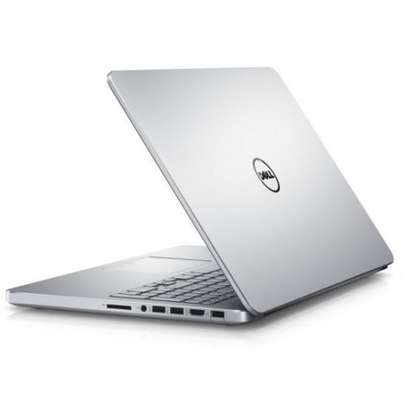 Dell Inspiron i7 image 2