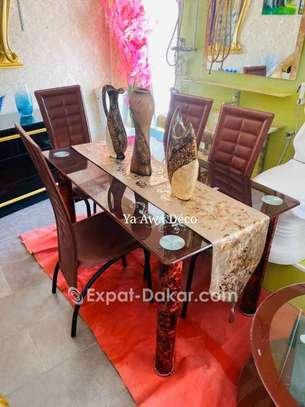 Table à manger avec plateau tournant image 6