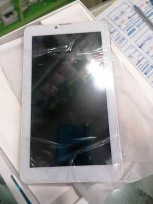 Tablette Android itouch 7pouces 4g lte 32go ram 2go image 2