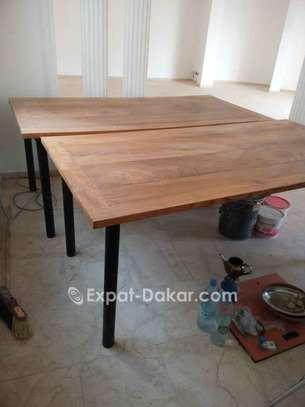 Table bois Djibouti de qualité image 2