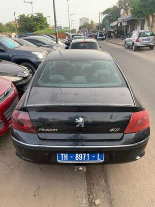 Peugeot 407 image 10