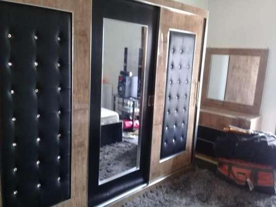 Chambre à coucher moderne image 7