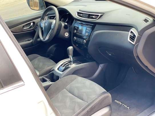 Nissan Rogue version 4x4 2014 image 2