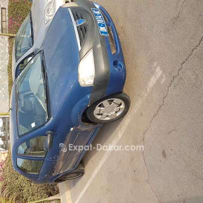 Dacia Logan 2004 image 1