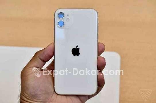 IPhone 11 128giga Blanc image 1