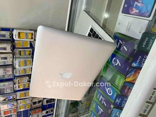 Apple  Macbook  Pro corei5 image 4