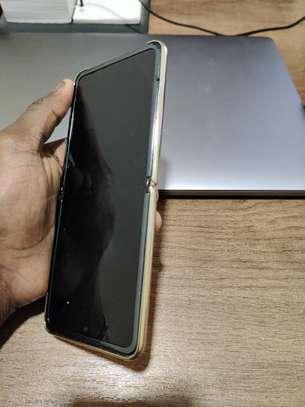 Samsung Galaxy Z FLIP À Vendre image 1