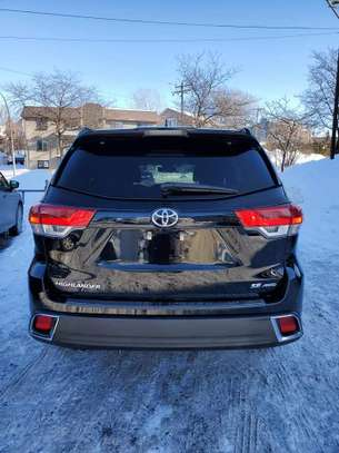 Vente de Toyota highlander image 2