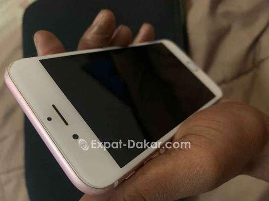 IPhone 6s Rose 64 Go image 2