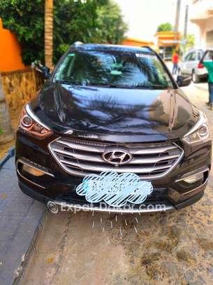 Hyundai Santa Fe 2017 image 1