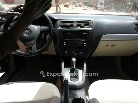 Volkswagen Jetta 2013 image 2