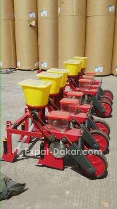 Semoir agricole arachides, haricots, maïs image 3