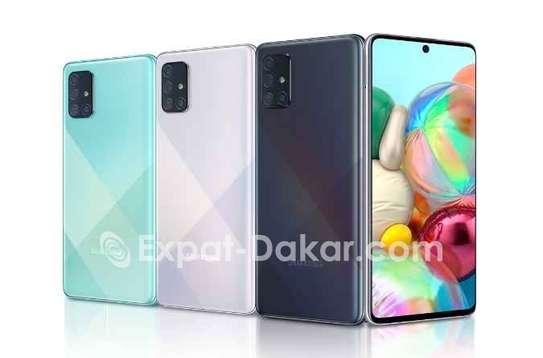 Samsung A71 image 1