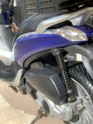 Piaggio Beverly Led 300ie image 3