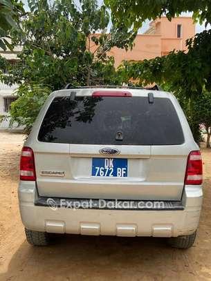 Ford Escape image 2