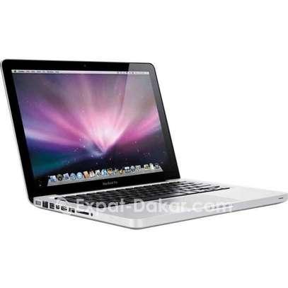 Macbook pro i7 750 giga ram 8 image 1