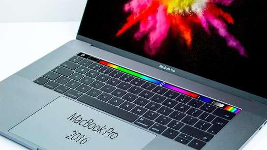 Mac TouchBar- Core i5 - Ram 8Go - Disk SSD 500Go - 13 pouces image 1