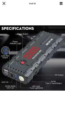 Booster de démarrage auto pour batterie à plat image 2
