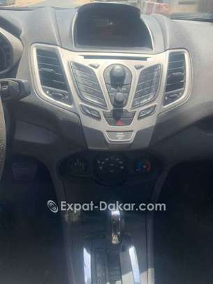 Ford Fiesta 2013 image 2