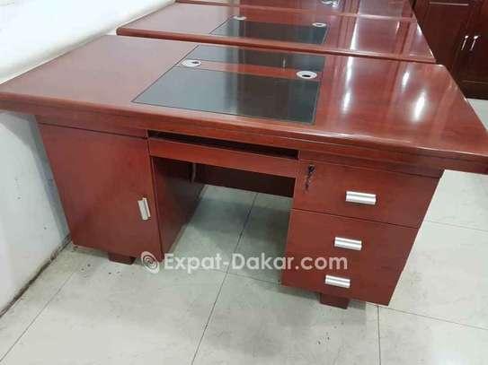 Bureau / table image 1
