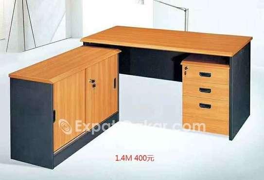 Table de bureau avec retour et caisson image 2