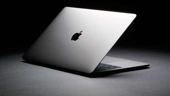 MacBook TOUCHBAR image 2